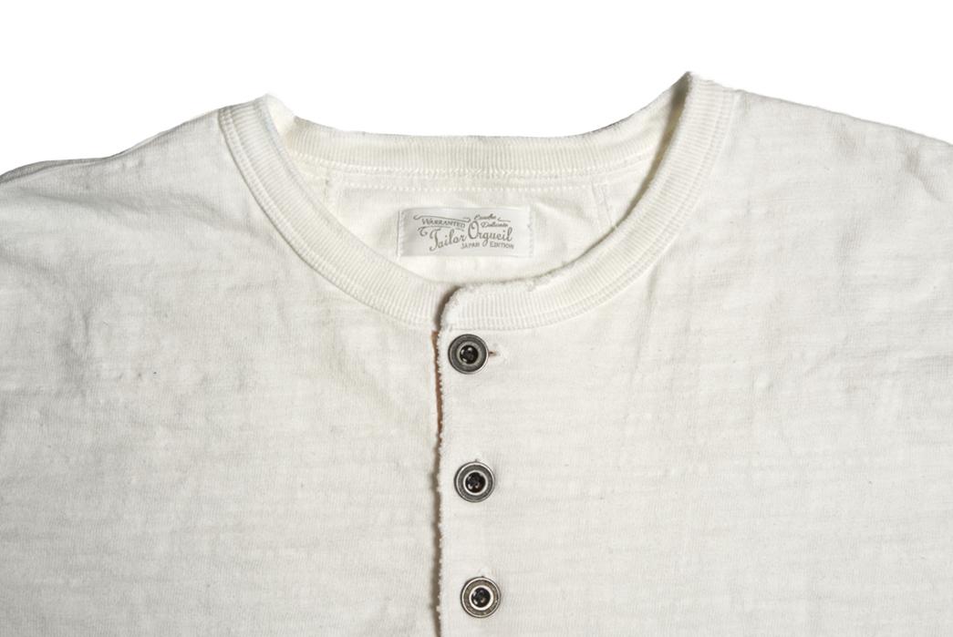Orgueil-Wave-Master-Flexes-into-a-Short-Sleeve-Henley-grey-front-collar