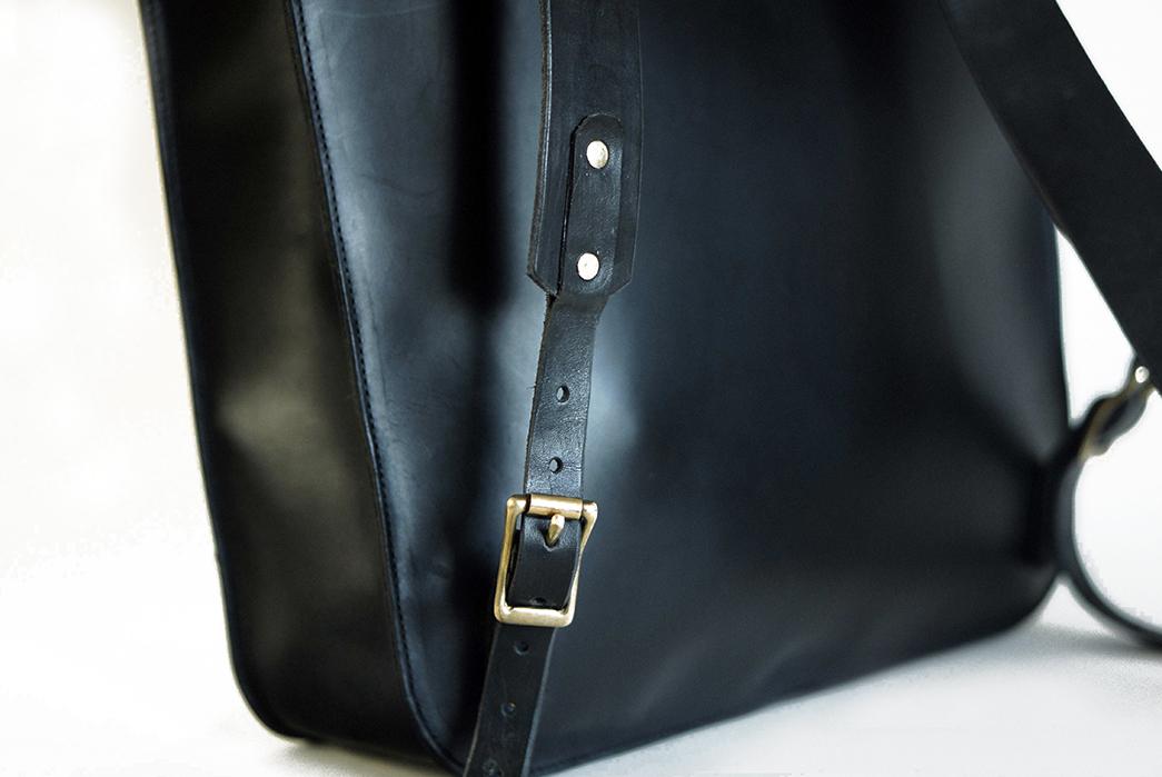 Unmarked-Back-Briefcase-back-buckle