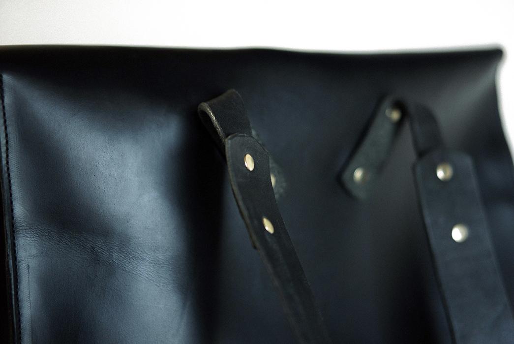 Unmarked-Back-Briefcase-back-top