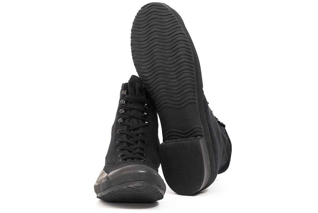 Belafonte-Ragtime-Captoe-Canvas-Boots-pair-front-down