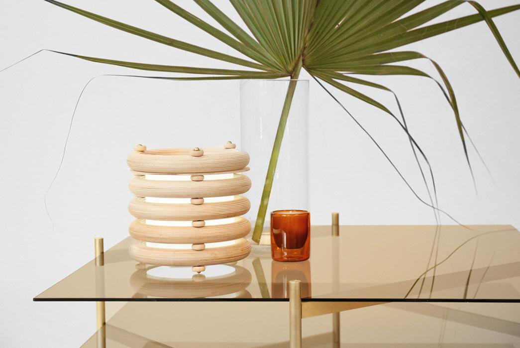 Minimalist-Desk-Lamps---Five-Plus-One-Plus-One---YIELD-Echo-Totem-Light