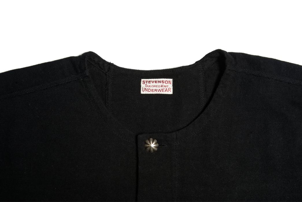 Stevenson-Overall-Co.-x-LEON-Magazine-Short-Sleeve-Henleys-black-front-detailed-collar