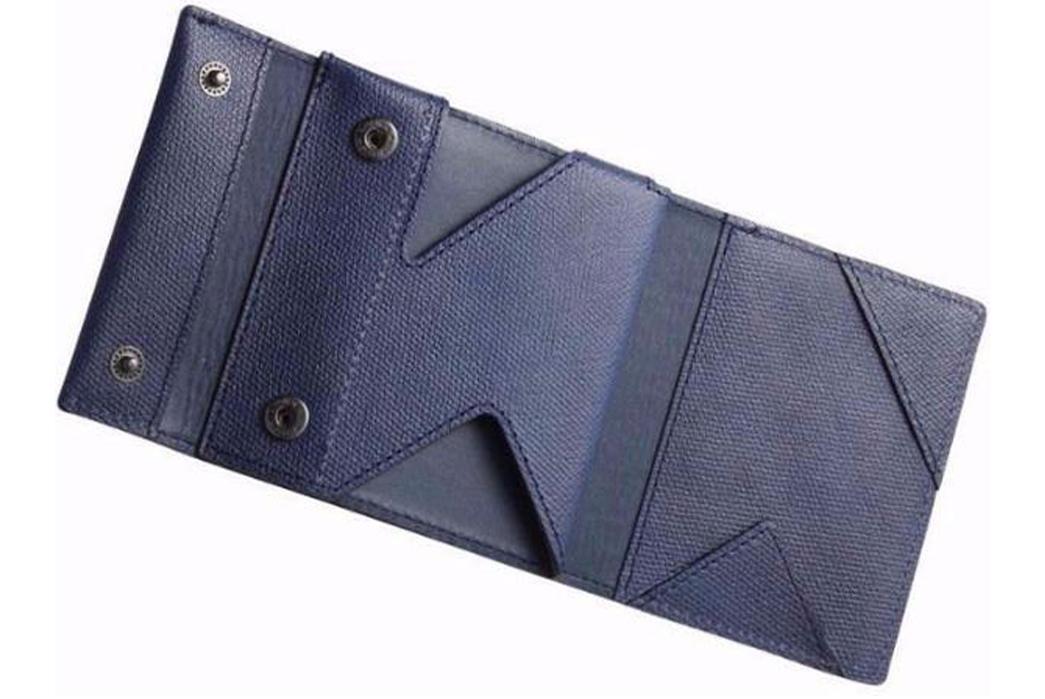 Trifold-Wallets---Five-Plus-One-5)-Super-Classic-abrAsus-Slim-Wallet