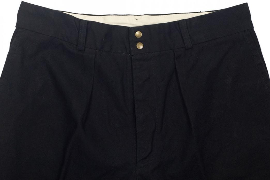 Fujito-Wide-Slacks-black-front-top