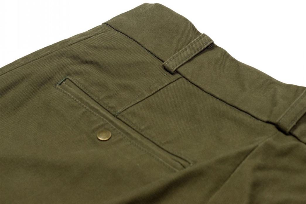 Fujito-Wide-Slacks-green-back-top-left-pocket
