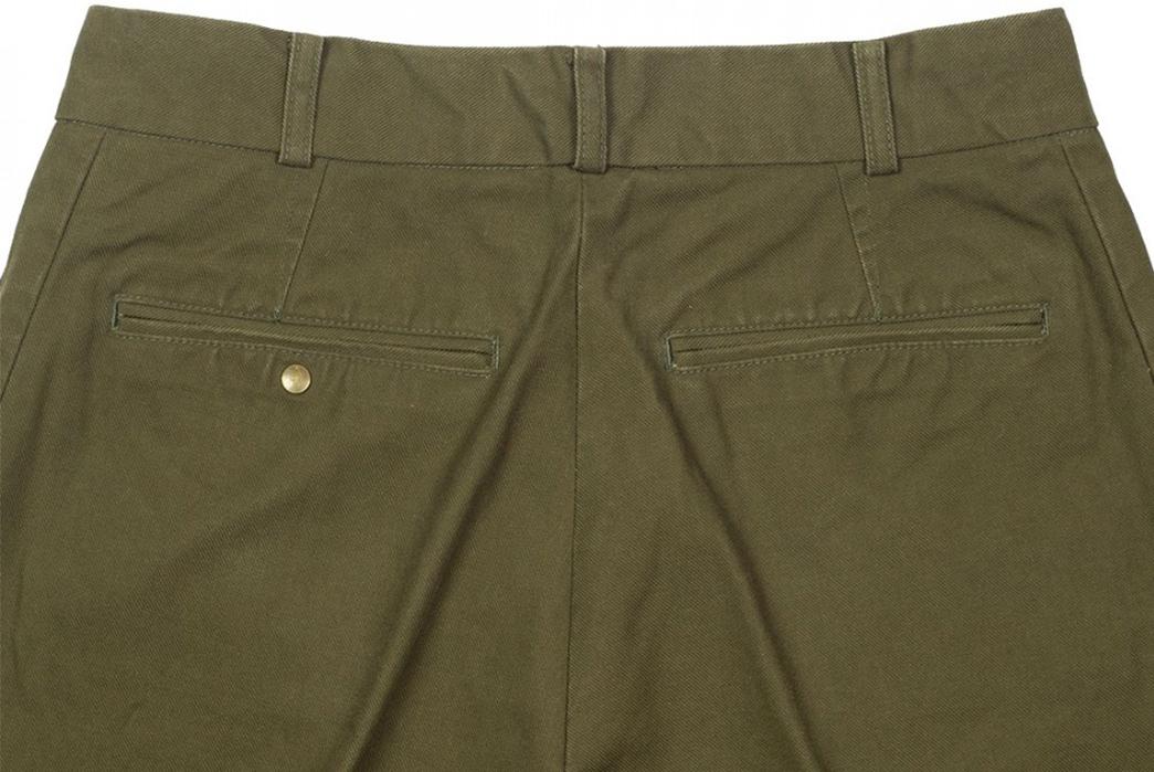 Fujito-Wide-Slacks-green-back-top