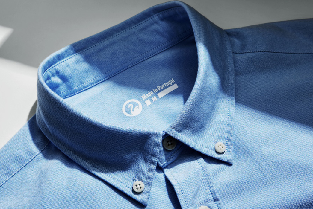 Long-Sleeve-Oxford-Cloth-Button-Downs---Five-Plus-One-3)-Uniqlo-Easy-Care-Stretch-Oxford-blue-collar