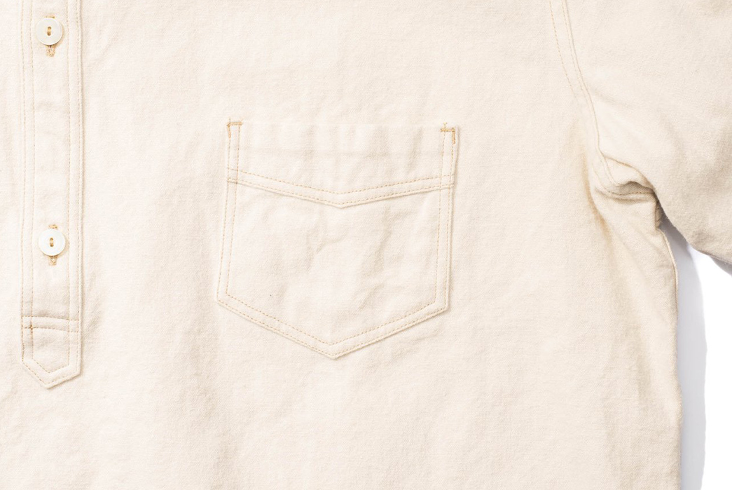 Pherrow's-Latest-Pullover-Pulls-Off-Maximum-Details-white-front-pocket