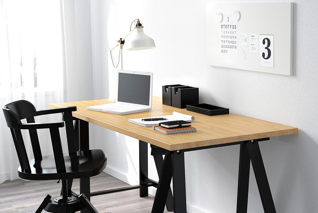 Simple-Desks---Five-Plus-One 1) IKEA: DIY