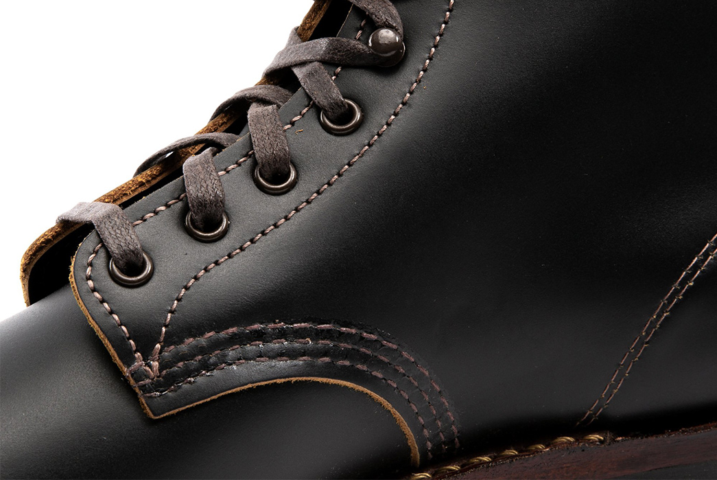 Standard-&-Strange-Release-Another-Japan-Exclusive-Pair-of-Red-Wing-Boots-new-single-side-detailed