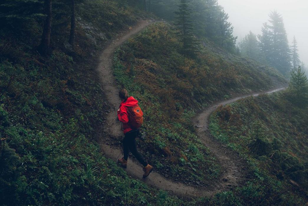 Danner-Hiking-Guide-Lead