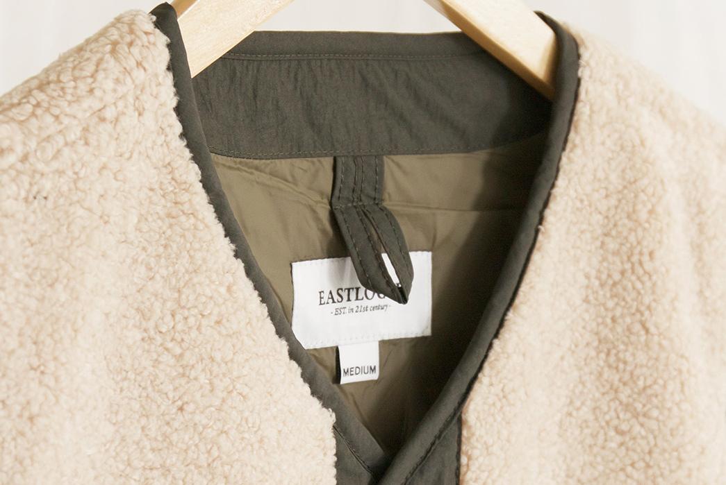 Eastlogue-Traveler-Vest-front-collar