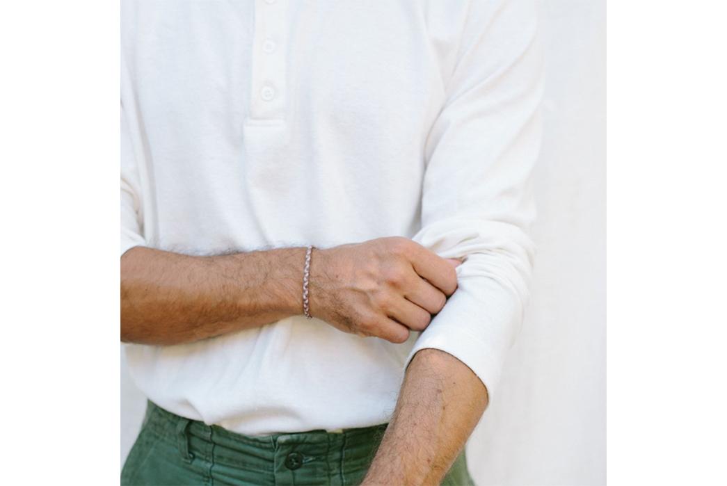 Jungmaven-Hemp-Blend-Polo-Shirts-model-front-sleeve