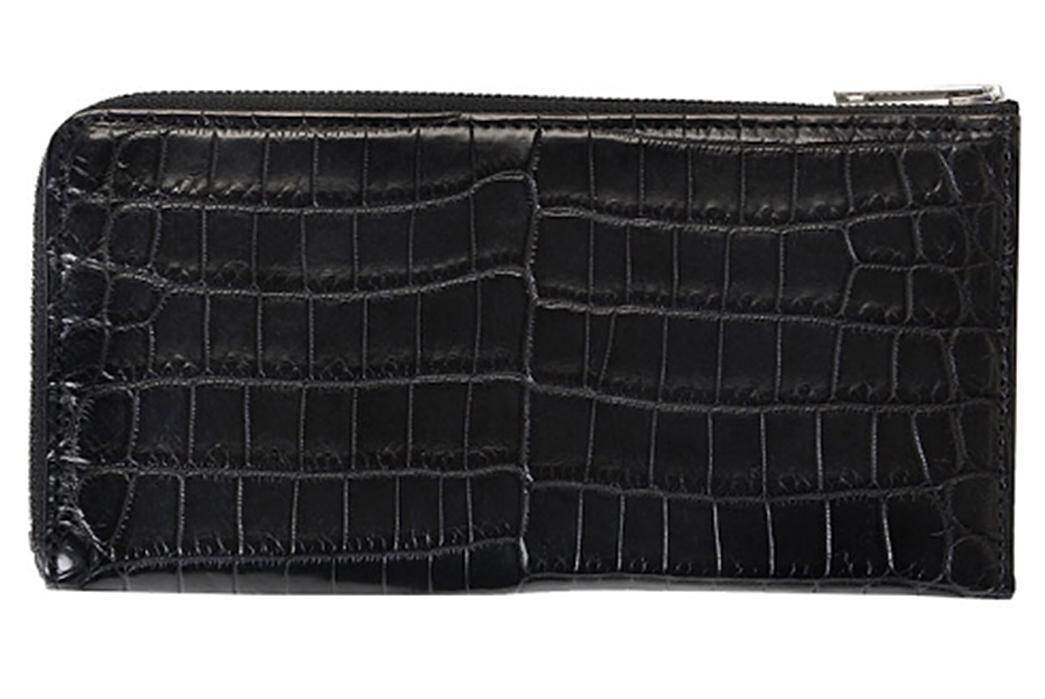Yoshida-&-Co.-Brand-Profile-A-Yoshida-crocodile-leather-wallet-viaYoshida-&-Co.,-Ltd.