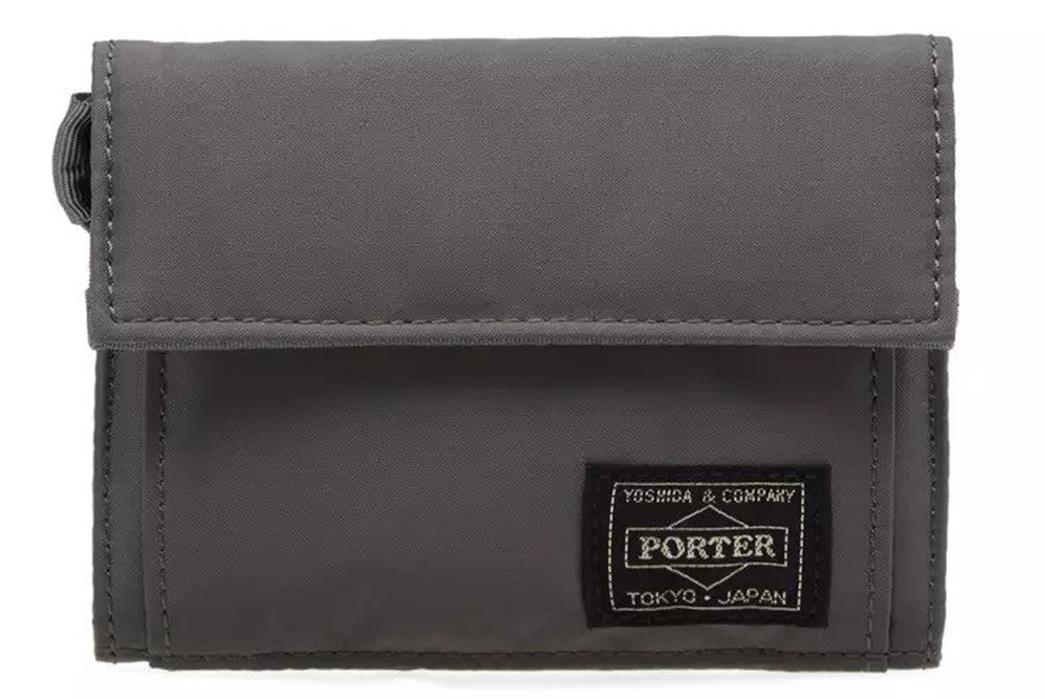 Yoshida-&-Co.-Brand-Profile-grey-bag