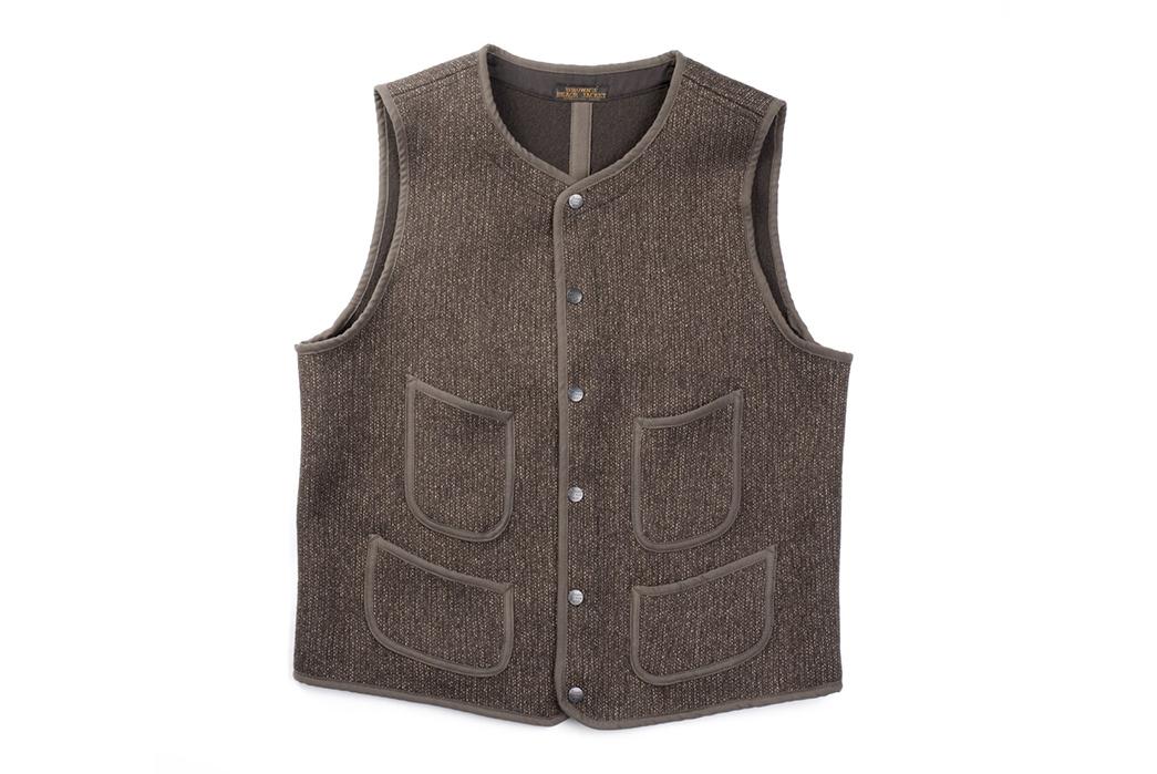 browns-beach-vest-clutch