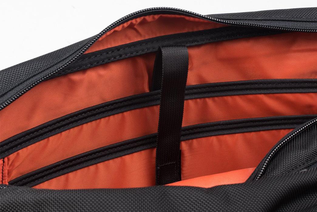 Iron-Heart-Ballistic-Nylon-Overnight-Bag-inside
