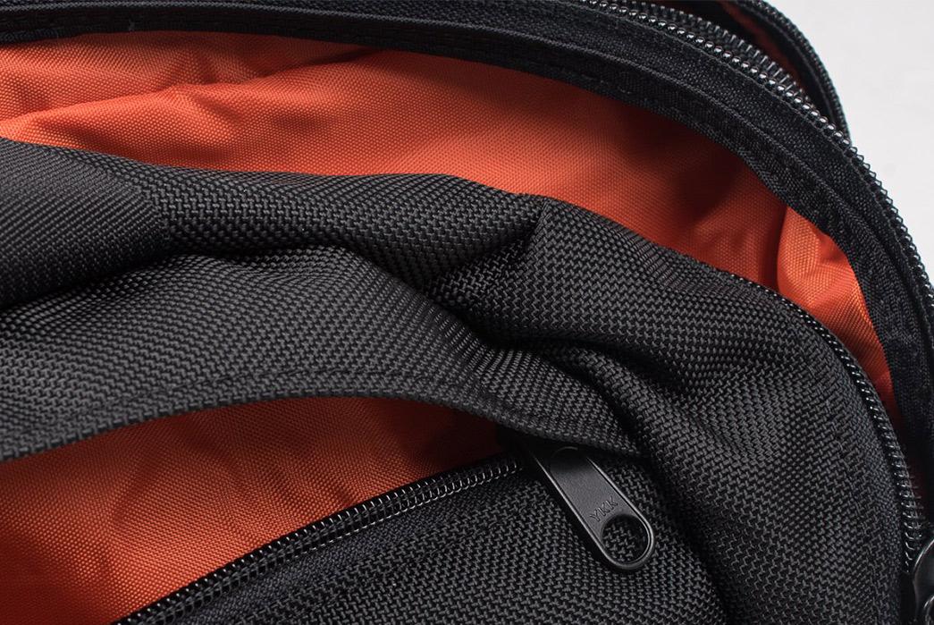 Iron-Heart-Ballistic-Nylon-Overnight-Bag-zippers