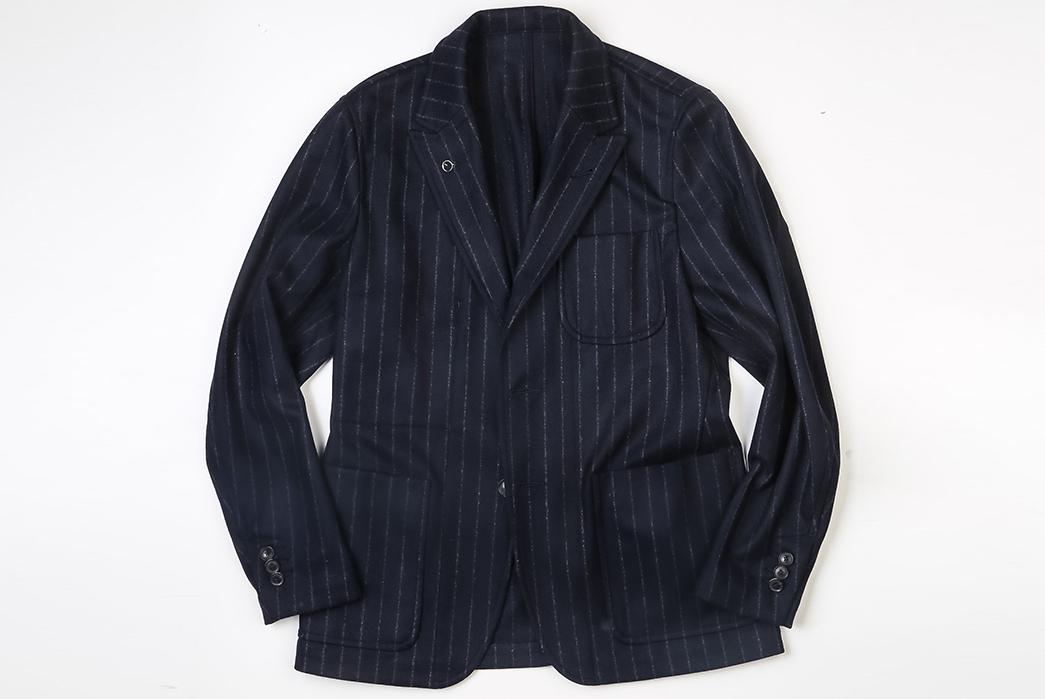 The-Heddels-Guide-to-Office-Wear-Essentials-dark-jacket