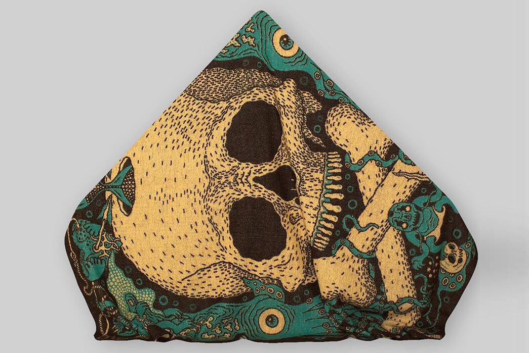 Indigofera-Norwegian-Wool-Blankets-skull-folded