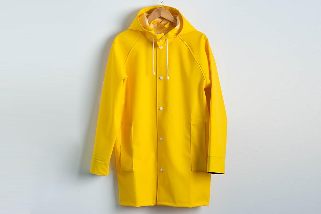 Pray-for-Rain-Albatroz-Raincoat-yellow-front