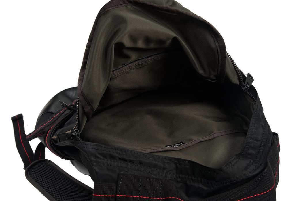 Buzz-Rickson-x-Porter-Backpack-black-inside-2