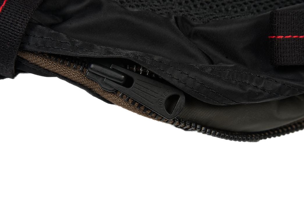 Buzz-Rickson-x-Porter-Backpack-black-zipper
