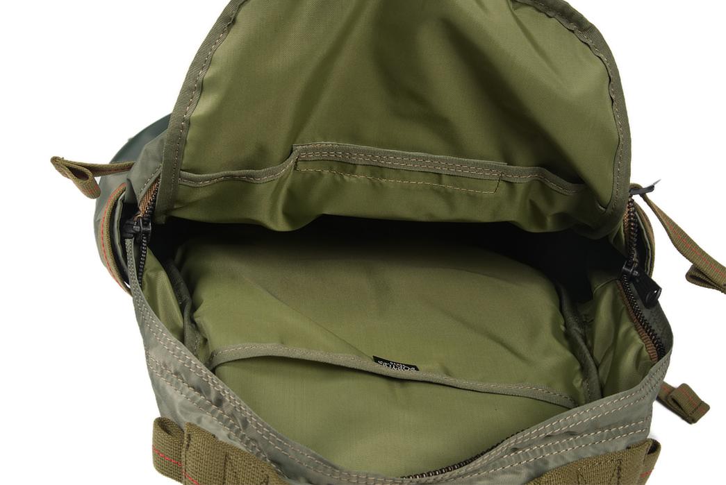 Buzz-Rickson-x-Porter-Backpack-light-inside