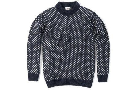 Devold's-Norwegian-Sweater-is-Your-Luxe-LL-Bean-Replacement-dark-front