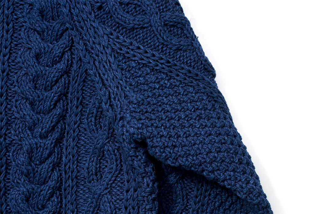 Fade-of-the-Day---Inverallan-x-Allevol-1A-Indigo-Sweater-(4-Years,-1-Wash)-detailed-2