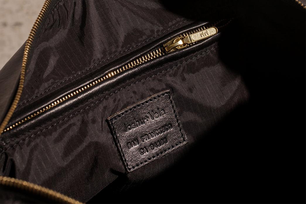 Joshu-+-Vela-Leather-Duffle-black-inside
