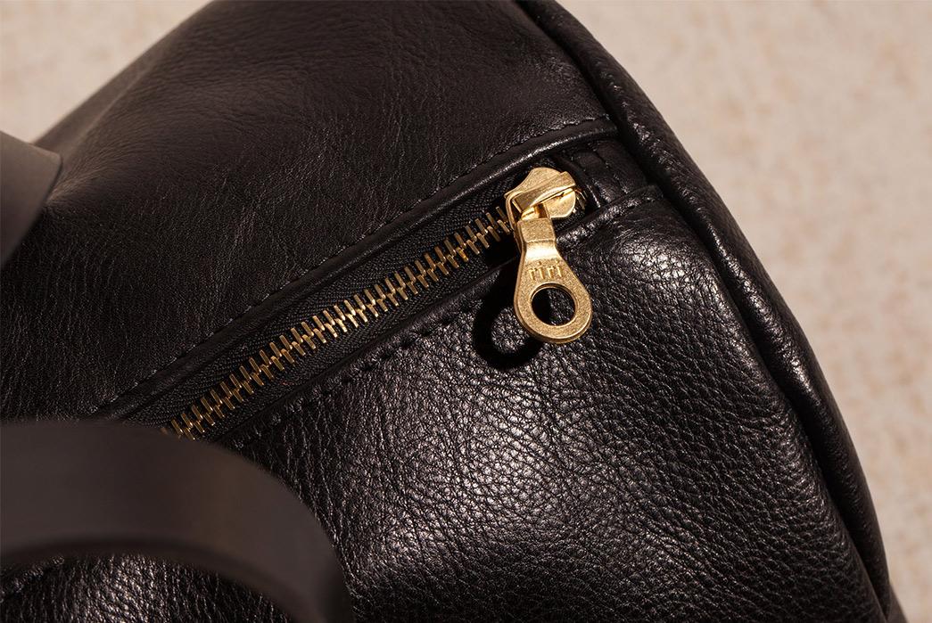 Joshu-+-Vela-Leather-Duffle-black-zipper