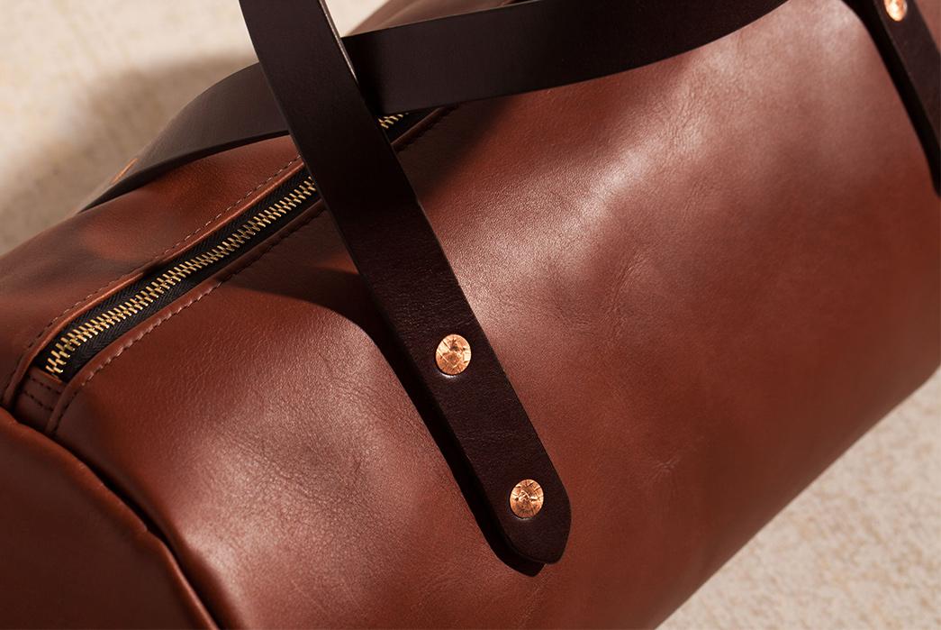 Joshu-+-Vela-Leather-Duffle-brown-detailed