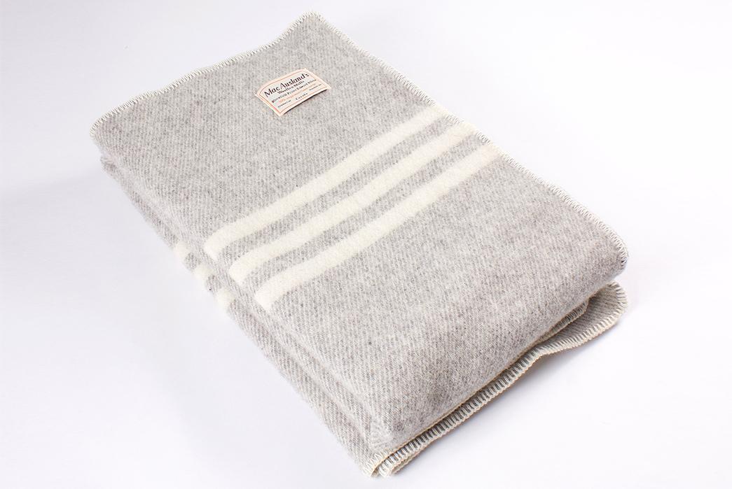 MacAusland-Woolen-Mills-Virgin-Wool-Blankets-light-folded