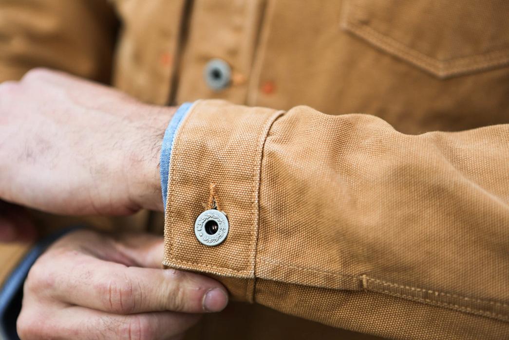 Runabout-Goods-Starborn-Jacket-model-sleeve