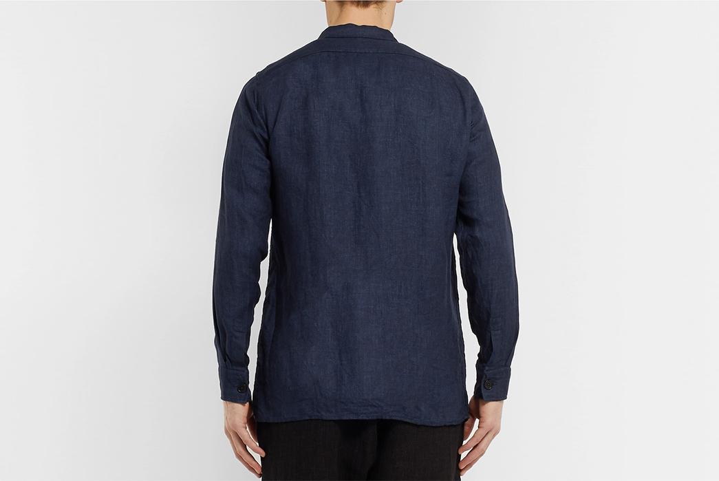 Drake's-Washed-Linen-Overshirt-model-back