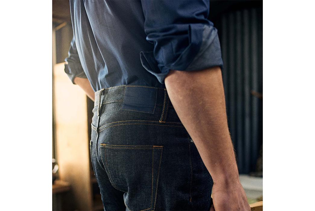 Blackhorse-Lane-x-Turnbull-&-Asser-Indigo-Selvedge-Weekend-Jeans-model-back-side