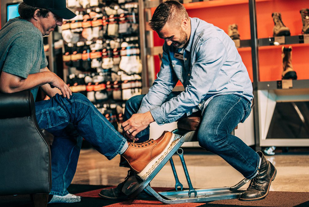 how-to-break-in-new-leather-boots-shoe-fitting