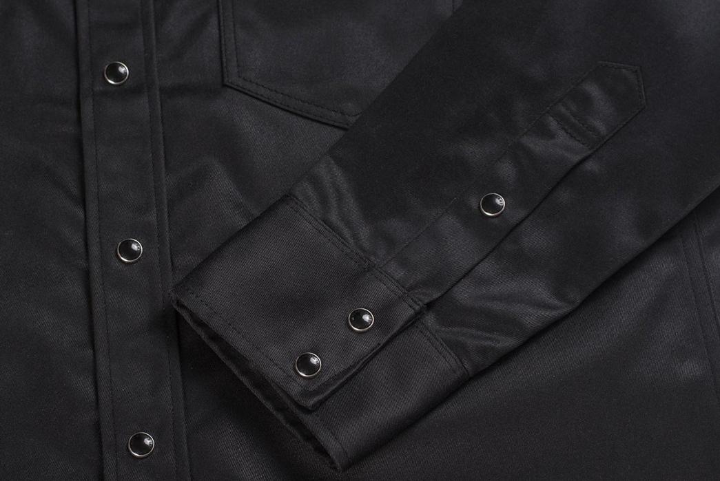 Iron-Heart-9oz.-Selvedge-Chino-Oiled-Coated-Western-Shirt-sleeve