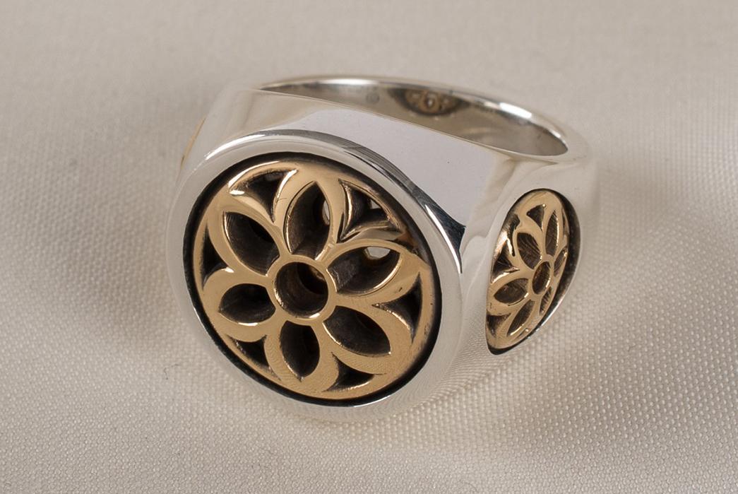 Precious-Metals---Gold-Good-Art-Hlywd-two-tone-club-ring.-Image-via-Iron-Heart
