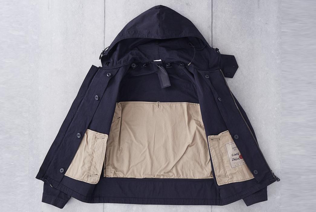 Ten-C-OJJ-Anorak-Jacket-front-open-inside-2