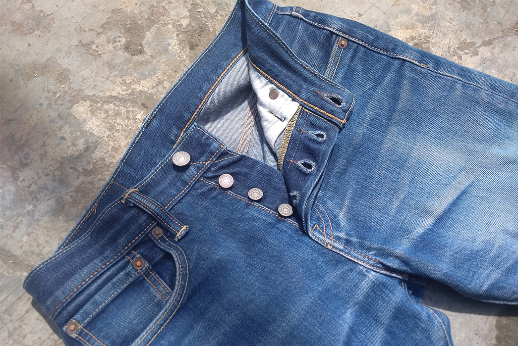 Fade-of-the-Day---Levi's-501T-(1-Year,-15-Washes,-3-Soaks)-front-top