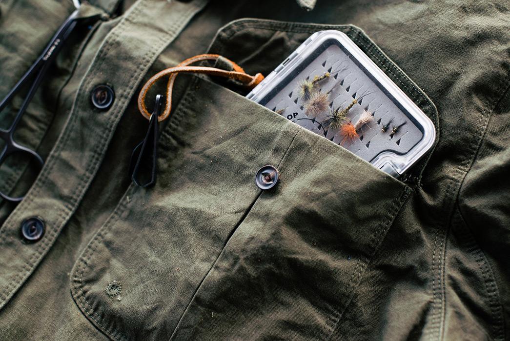freenote-currant-shirt-pocket-detail