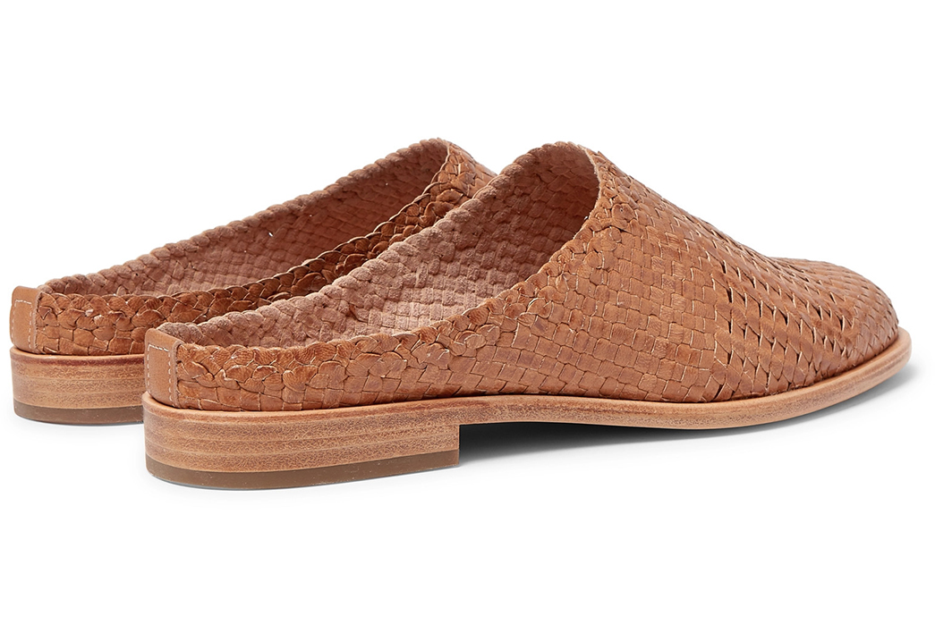Hender-Scheme-Weaves-a-Natural-Veg-Tan-Leather-Loafers-pair-back-side