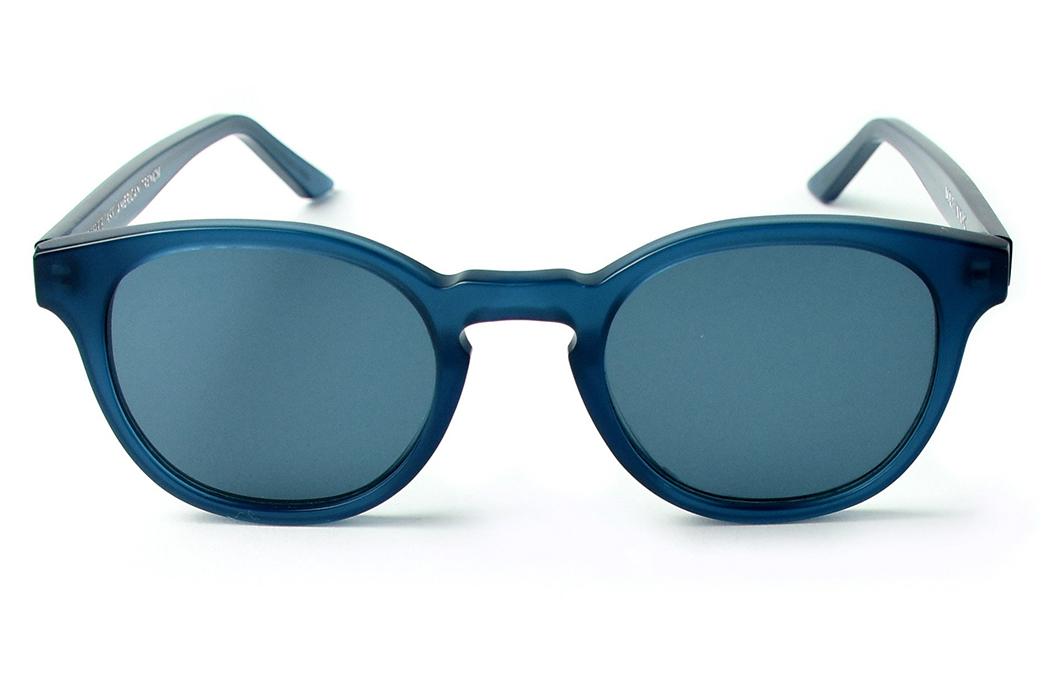 Lowercase-x-American-Trench-Marlton-Sunglasses