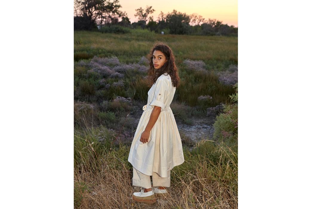 W'menswear-Spring-Summer-2019-female-in-white-back