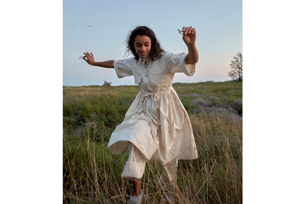 W'menswear-Spring-Summer-2019-female-in-white