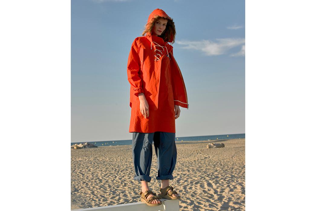 W'menswear-Spring-Summer-2019-orange-jacket-blue-pants
