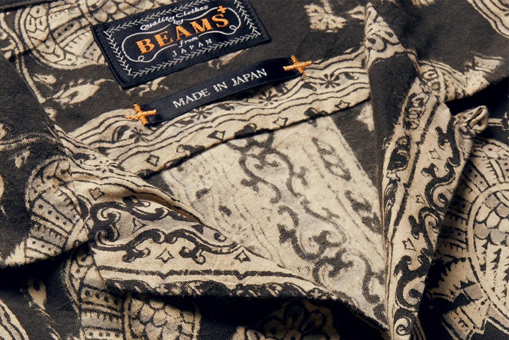 Beams-Plus-Block-Print-Shirts-gold-black-front-collar