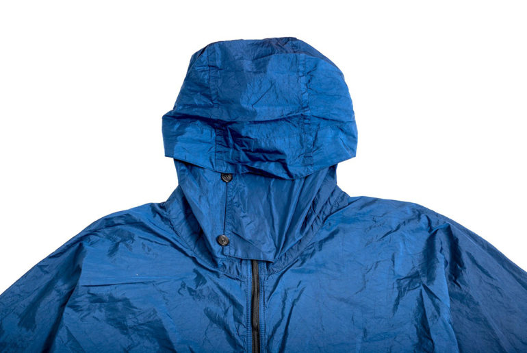 blue-blue-japan-indigo-dyed-nylon-windbreaker-hood</a>